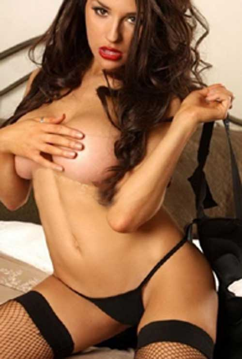Independent Busty escort Connaught Place
